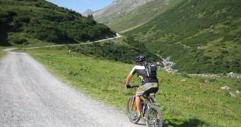 kør langt på cykel